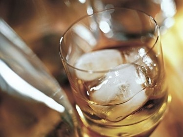 Der Alkohol schleicht sich ein