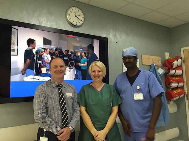 Brigitte Rupp zu Besuch bei Mediclinic in Dubai