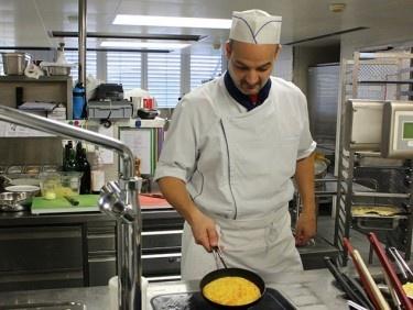 Zu Besuch beim Küchenchef der Klinik St. Anna