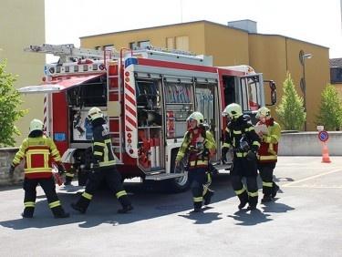 Feuerwehrübung in der Klinik St. Anna