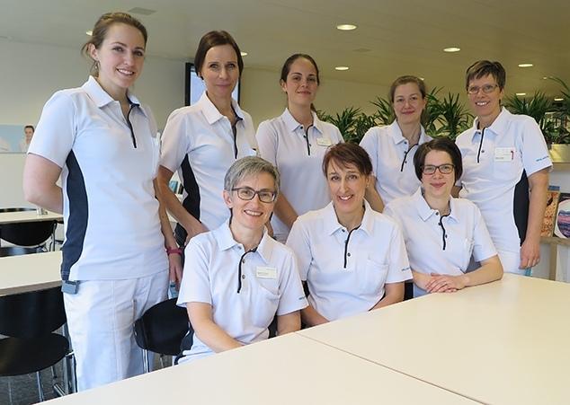 L'équipe de la thérapie nutritionnelle et du conseil en nutrition de la Klinik St. Anna: