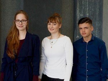 Der Einstieg in die Berufswelt – drei KV-Lernende berichten