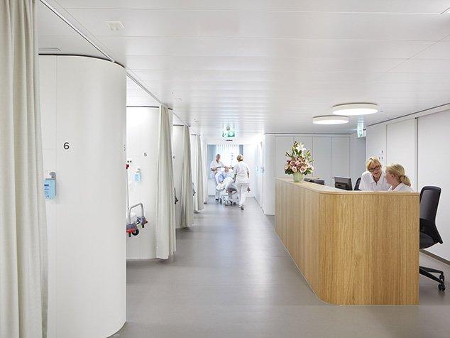 Empfang und Patientenkojen ambulantes OP-Zentrum Bellaria