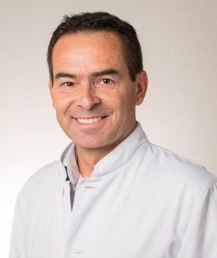 Dr Patrick Vienne