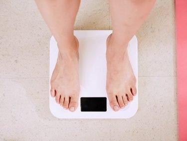 Gewichtsschwankungen während und nach einer Brustkrebs-Behandlung – was tun?
