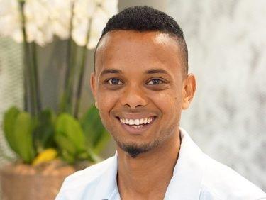 Aus Somalia in die Schweiz: Ismail Abdalla schliesst seine Lehre im Birshof ab