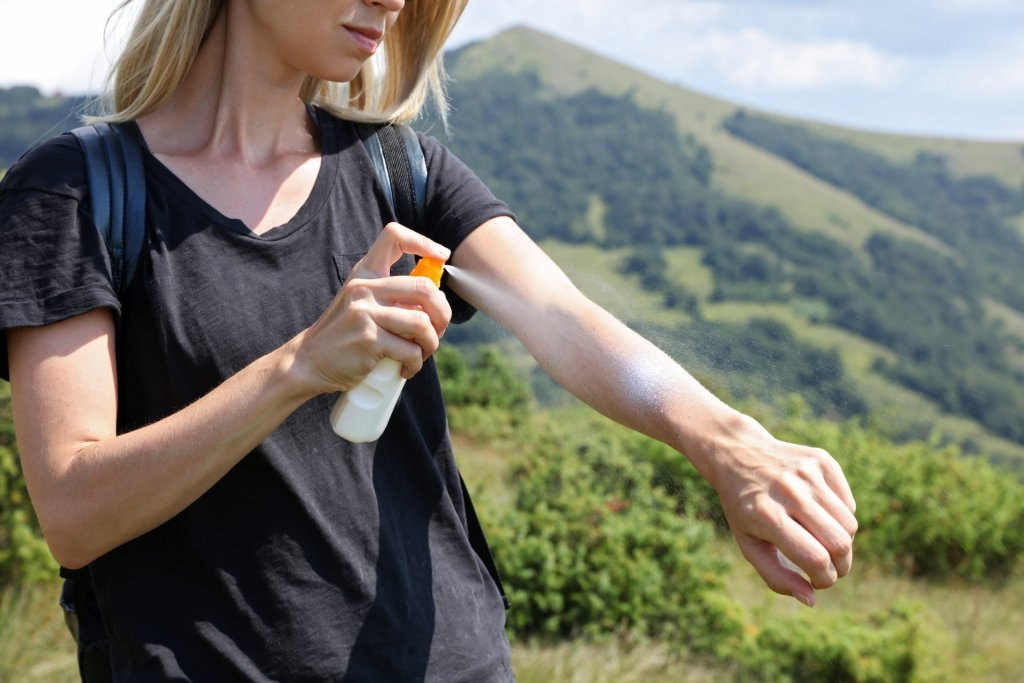 UV-Strahlen, UV-Schutz, Sommer, Sonne, Wandern, Sonnencreme, Schweizer Berge